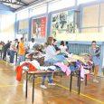 Ropa, víveres y zapatos, entre otros, fueron los artículos que se entregaron. Alrededor de 300 familias, entre lojanas y venezolanas, fueron beneficiarias del denominado 'Mercado Solidario', organizado por Minga Banco […]