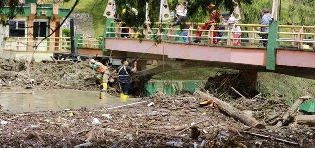 Inundaciones en la ciudad de Loja por el desbordamiento de los ríos Zamora y Malacatos La situación que está atravesado la ciudad de Loja es crítica, ante ello autoridades locales […]